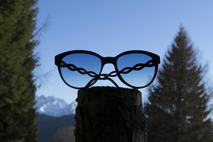 occhiali a farfalla