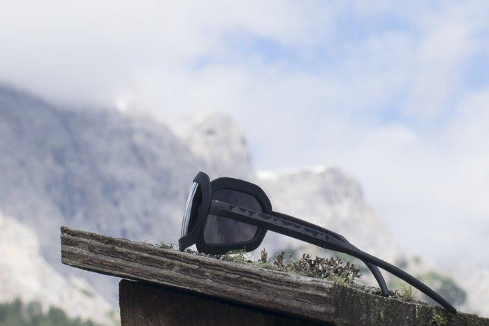 occhiali sportivi da montagna