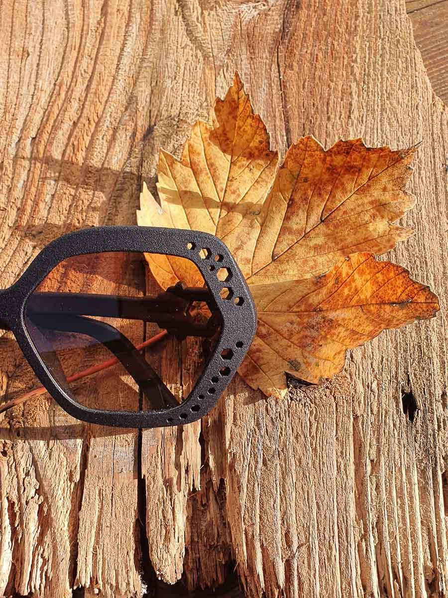 occhiale esagonale - opera ispirata alle Dolomiti