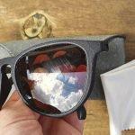 occhiali sporchi da pulire